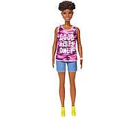 Барби Модница Оригинал в розовой майке и джинсовых шортах (GHP98)