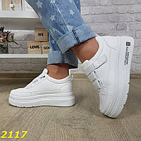 Криперы кроссовки на высокой платформе на липучке белые