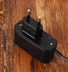 Сетевое зарядное устройство SERTEC ST-034 с кабелем micro-usb, black