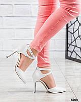 Туфли кожаные белые на шпильке 9,5см