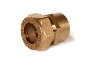 Муфта соединительная (труба-внутренняя резьба никелированная) для гофрированной трубы из нержавейки Dispipe.