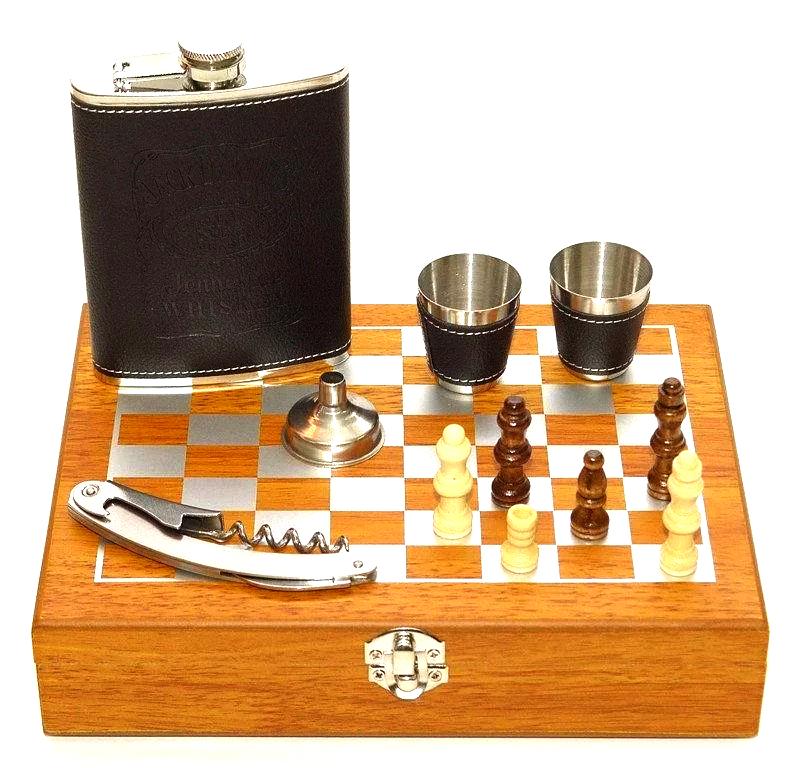 Мужской подарочный набор с флягой | Подарочный набор с флягой и шахматами QZ8