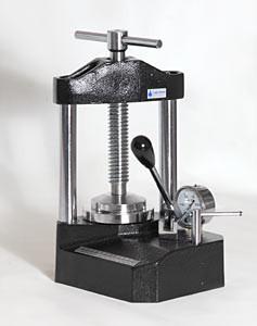 ПГР-10. Прес лабораторний настільний гідравлічний