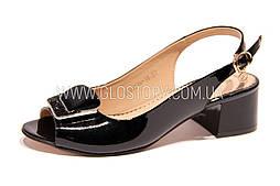 Женские черные босоножки на не высоком каблуке FOLETTI, кожа/лак