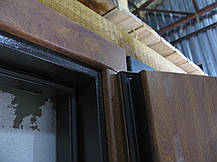 Наружные  металлические входные двери Редфорт  (Redfort) Авеню со стеклом на улицу, фото 3