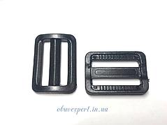 Пряжка пластикова чорна 25 мм