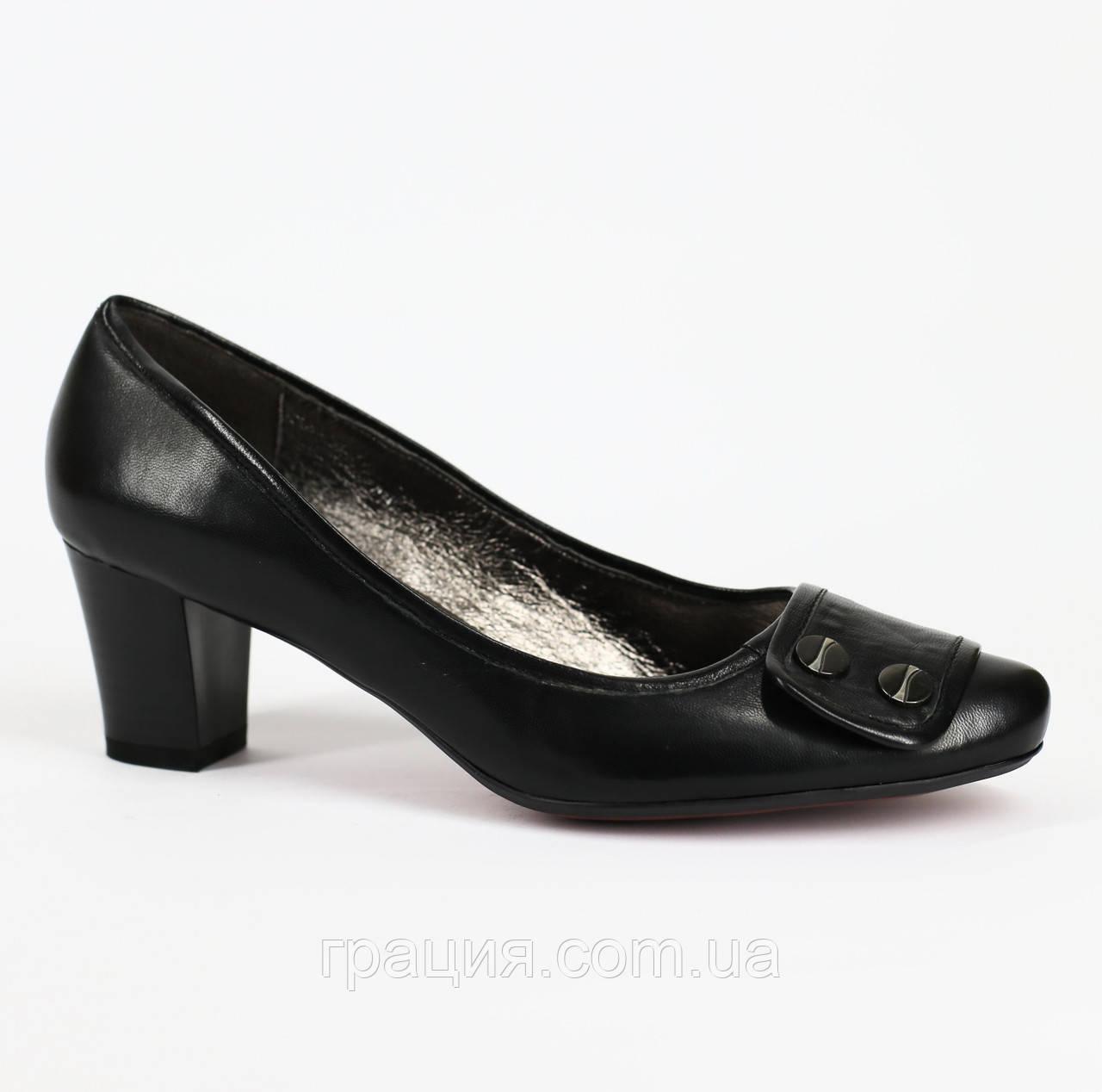 Женские туфли из натуральной кожи на каблуке