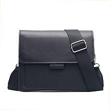 Женская классическая сумка кросс-боди на широком ремешке черная
