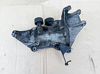 Кронштейн крепления генератора Кронштейн крепления генератора Renault Trafic