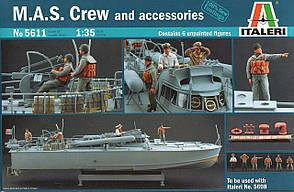 M. A. S. Crew and Accessories. 1/35 ITALERI 5611