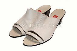 Женские кожаные бежевые мюли с открытым носком Shtayer