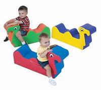 Мягкая игровая фигура-качеля для детей от 2-х лет для квартиры, детского сада или школы Гусеница 80х25х40 см