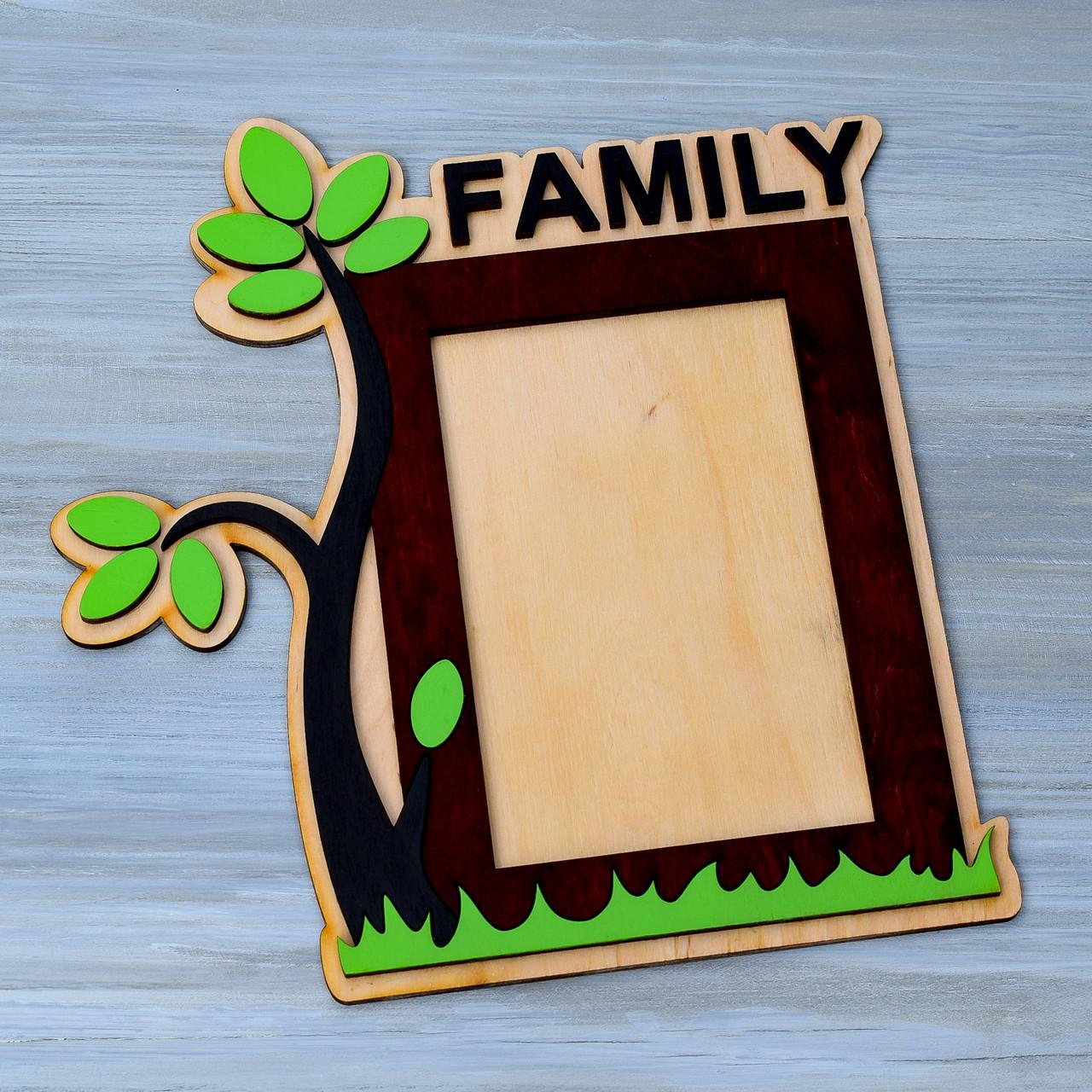 Фоторамка из фанеры (FAMILY)