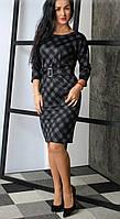 Женское платье прямого кроя в клетку