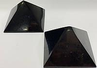 Пирамида из шунгита, 7 см, полированная