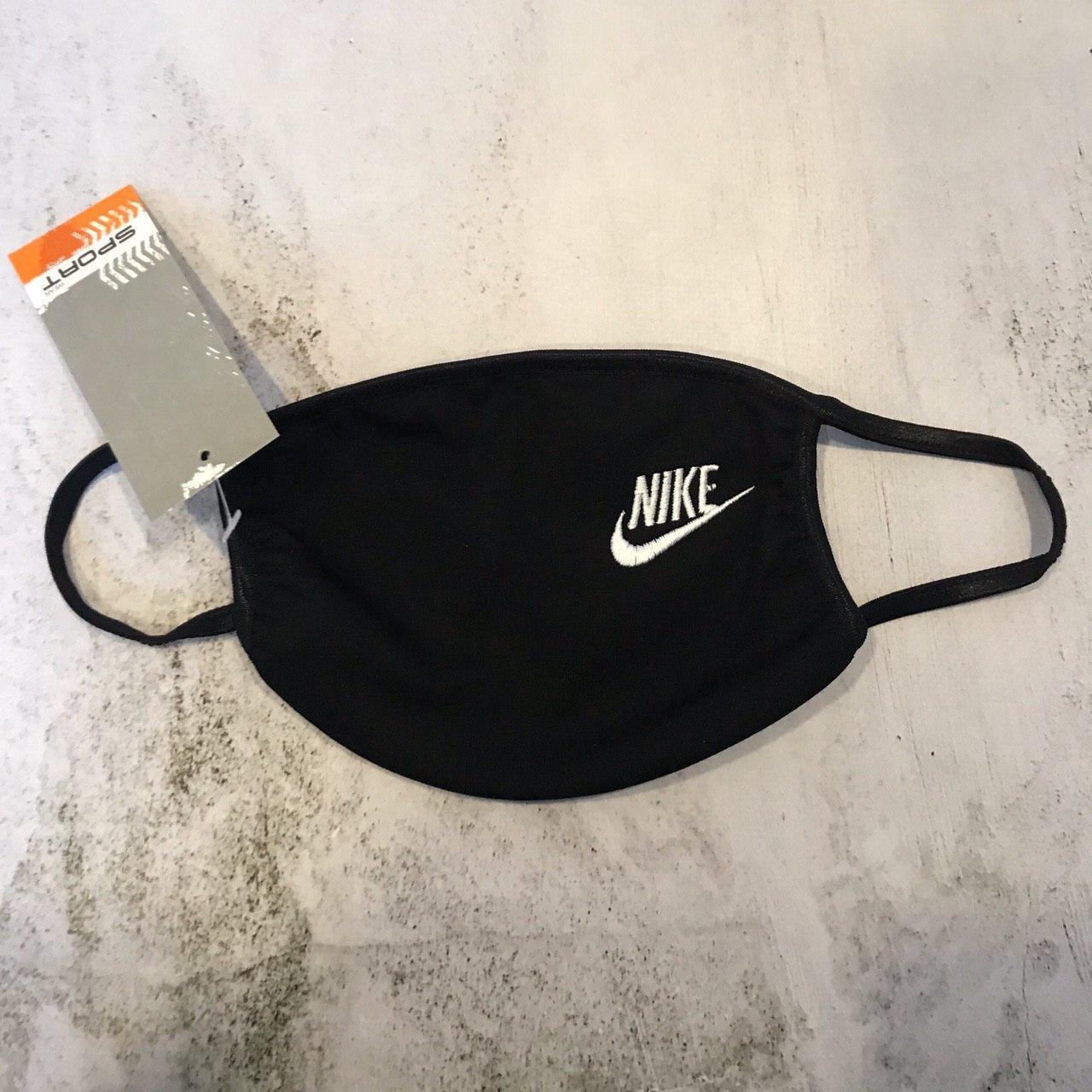 Маска защитная Nike