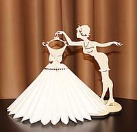 """Деревянная сборная салфетница, подставка для салфеток """"Девушка с платьем"""""""