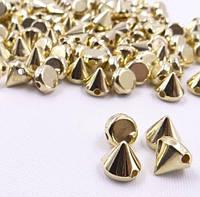 Шипы конусы пришивные 8х8 мм, золото