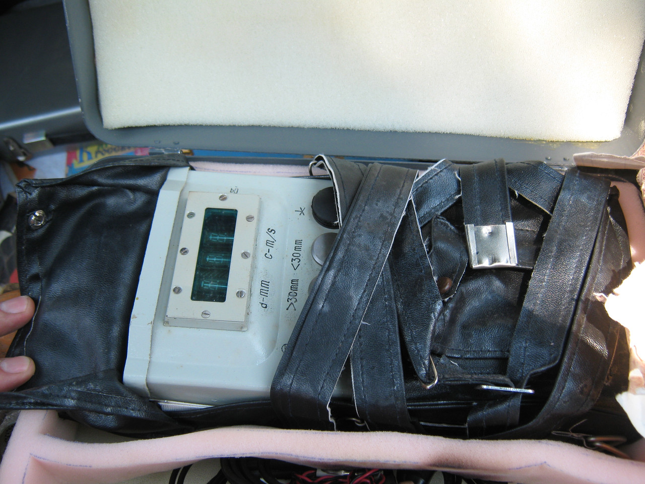 Толщиномер ультразвуковой  УТ-96.Возможна калибровка в УкрЦСМ