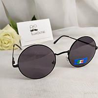 Круглые стильные солнцезащитные очки в металлической оправе