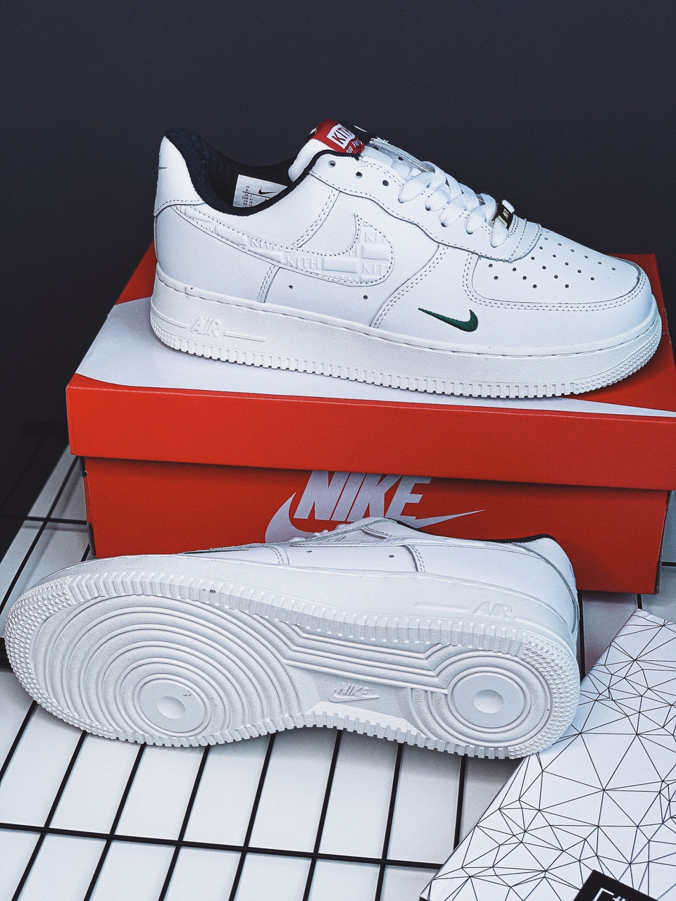 Кроссовки Nike Air Force Kith white