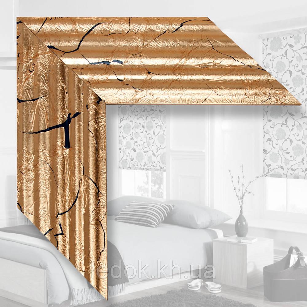 Зеркало в деревянном багете, поталь Под заказ, Дерево