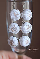 """Длинные белые серьги ручной работы с цветами """"Бело-бежевые пионы"""". Свадебные серьги"""