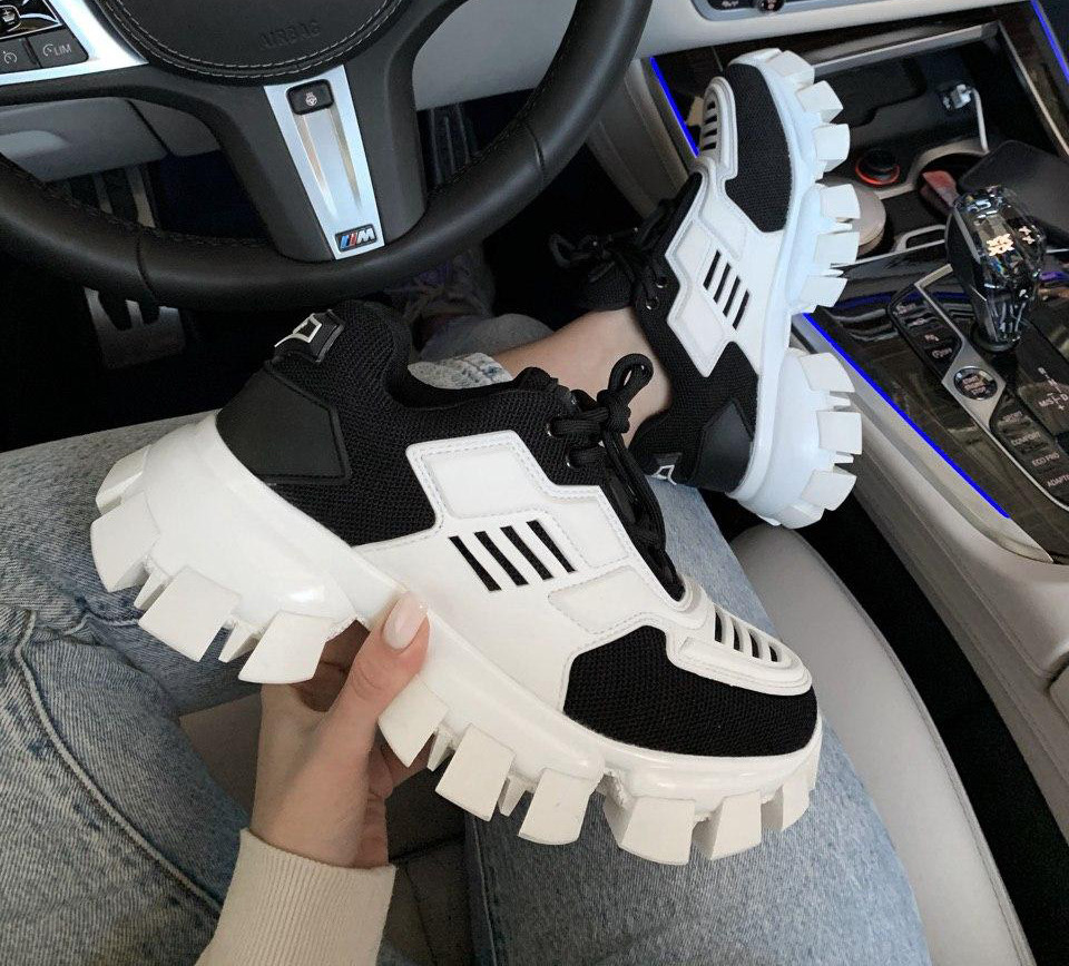 Женские кроссовки Prada CloudBust Black and White