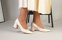 Женские кожаные туфли-лодочки на каблуке, молочные, код FS-7404