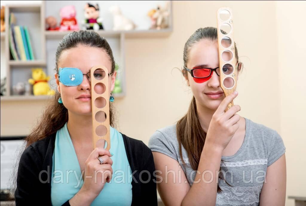 Коррекция остроты зрения у детей дома с офтальмологической линейкой