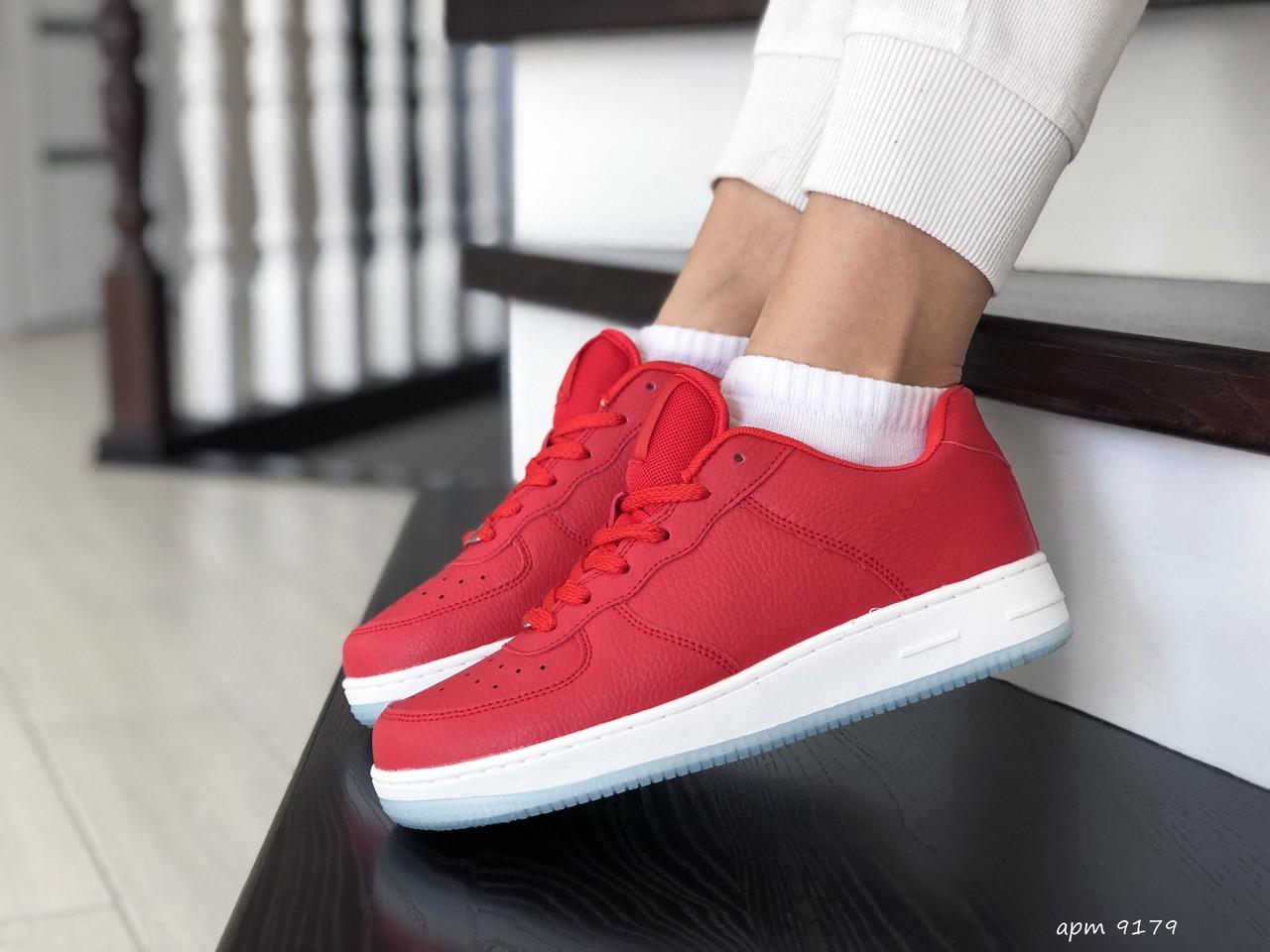 Жіночі шкіряні кросівки Force (червоні) 9179