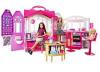 """Игровой набор Переносной Домик для куклы Барби с мебелью и аксессуарами - Barbie""""s Glam Getaway House"""