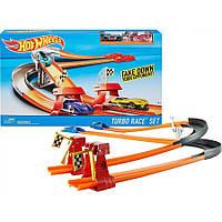 Игровой набор для мальчика Автомобильный Трек Хот Вилс Турбо Turbo Race Set Hot Wheels с 2 автомобилями