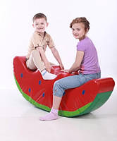 Детская мягкая спортивная игровая качалка с аппликацией из ПВХ для дома, сада или школы Арбузик 120х25х47 см, фото 1