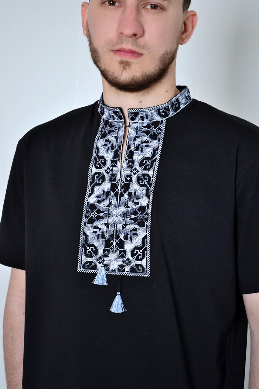 Модная мужская футболка вышиванка в украинском стиле с серебристым орнаментом