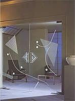 Прозрачные стеклянные двери с пескоструйным рисунком