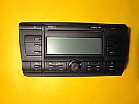 Магнитола радио STREAM MP3 Б/У SKODA OCTAVIA (A5/1Z)  2005 - 2013 1Z0035161C VAG