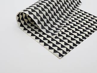 Cтразовое полотно на силиконовой основе. Цвет бело-черный. 24х40см