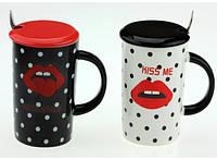 Чашка с губами