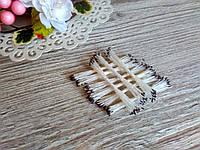 Тайские тычинки, темно коричневые, мелкие на белой  нити, 23-25 нитей, 50 головок