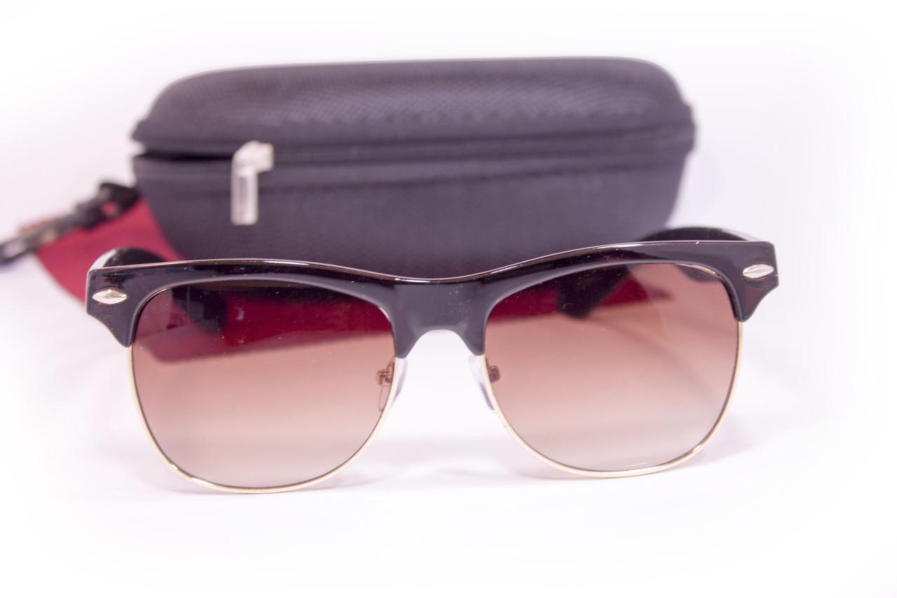 Солнцезащитные очки с футляром F8018-1