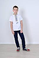 Нарядная футболка вышиванка детская для мальчика с орнаментом в украинском стиле