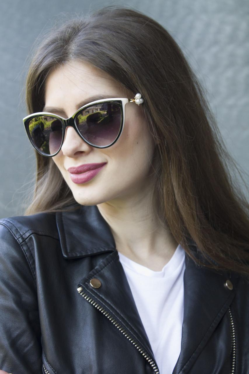 Солнцезащитные женские очки 8172-4