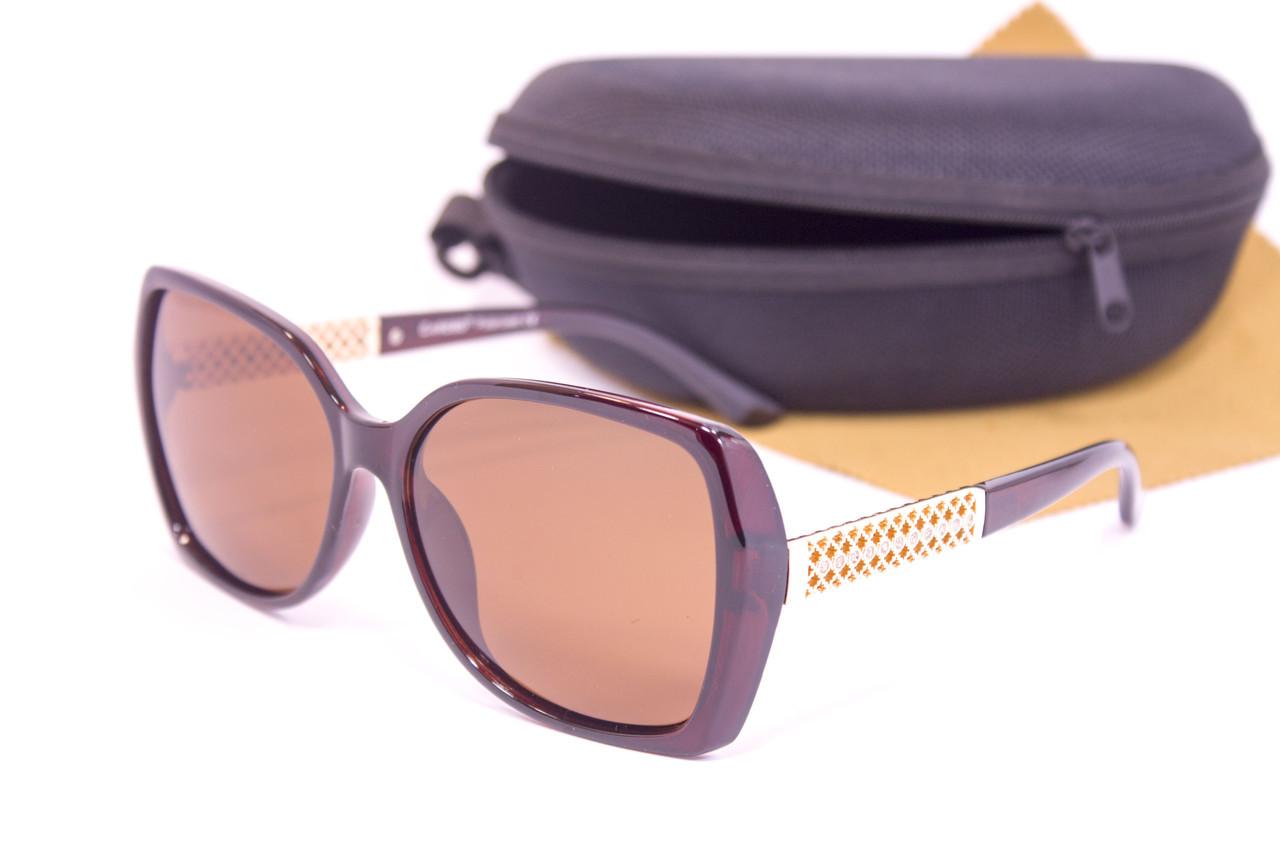 Солнцезащитные очки с футляром F0916-2
