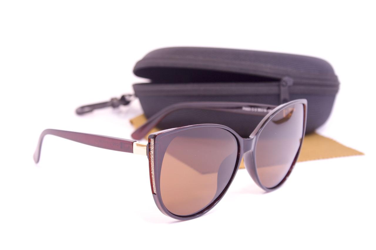 Солнцезащитные очки с футляром F0923-2