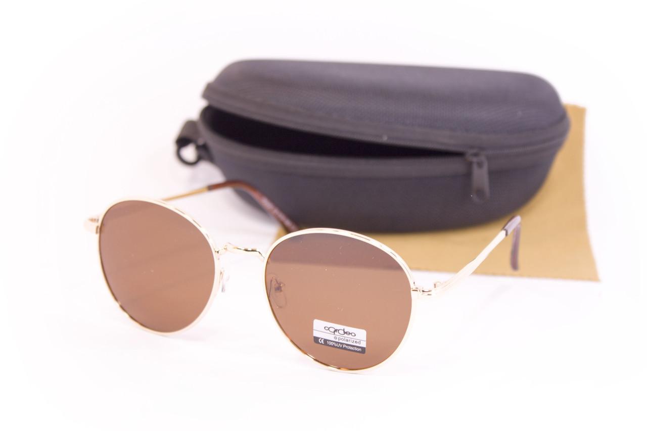 Солнцезащитные очки с футляром F0936-3