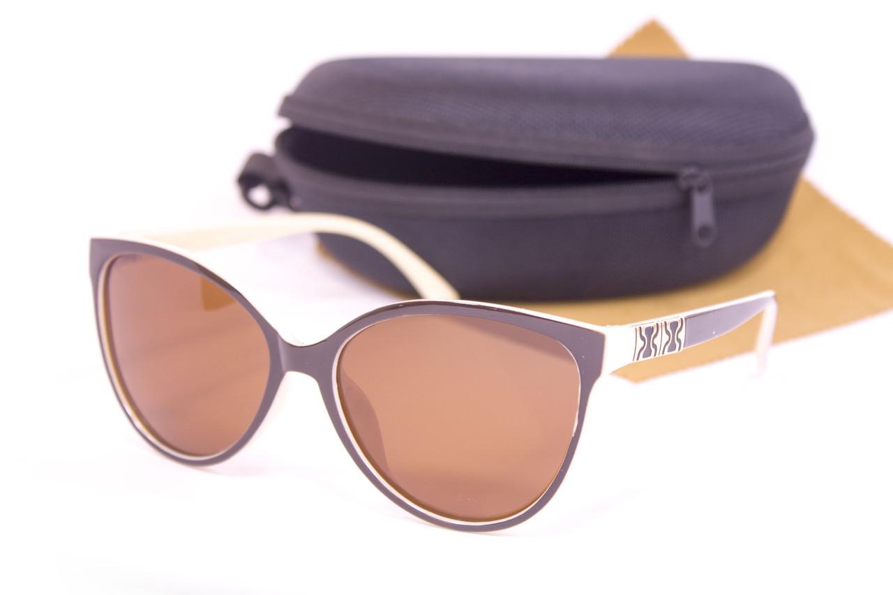 Солнцезащитные очки с футляром F0956-4