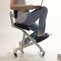 Эргономичный коленный стул