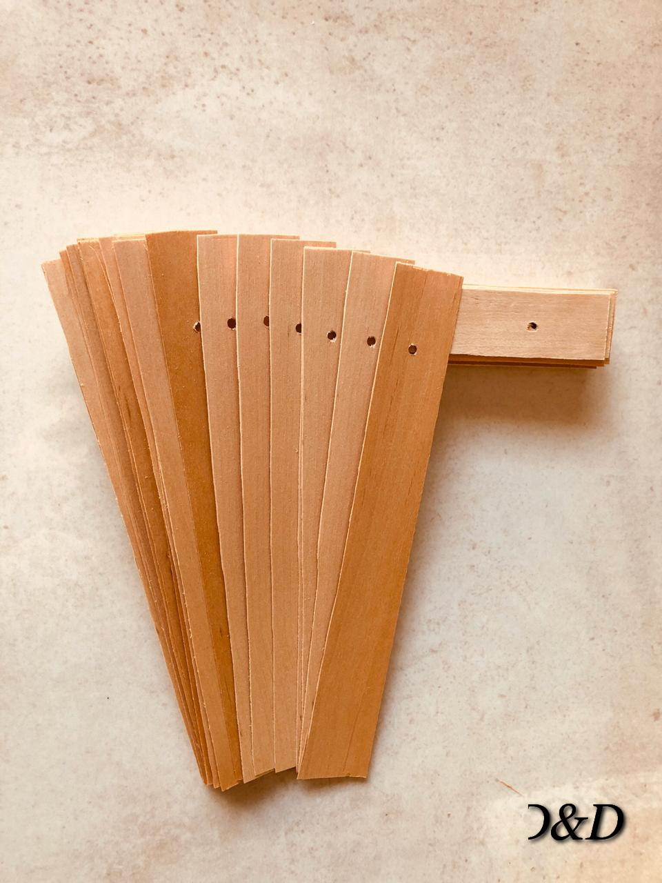 Материал из древесного шпона с отверстиями для крепления между рамками упаковка 50шт