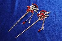 Модная китайская палочка для волос украшена красными камнями золотистая 1 шт